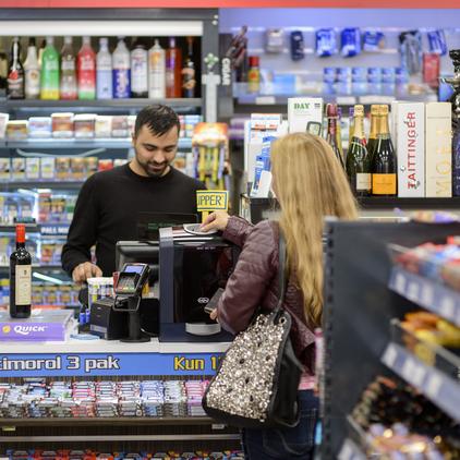 cash handling for supermarkets