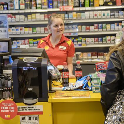 cash handling for petrol stations. safepay closed cash handling