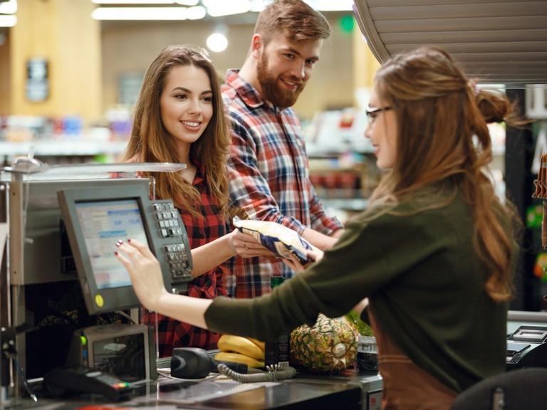 Cash-Handling-retail-4-3