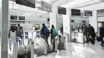 Hero-Airport